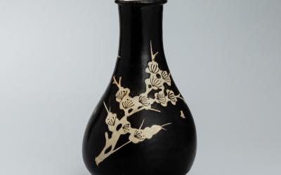 A good and rare Jizhou black-glazed vase