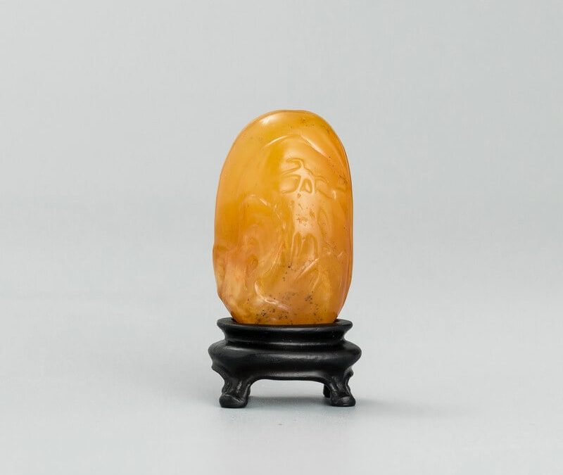 A fine and rare piece of Shoushan Tianhuang stone carving